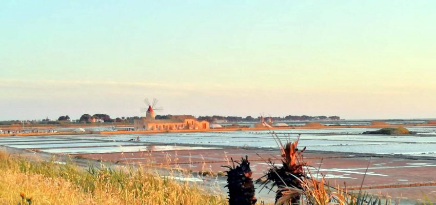 A walk through the salt pans of Trapani and Nubia,